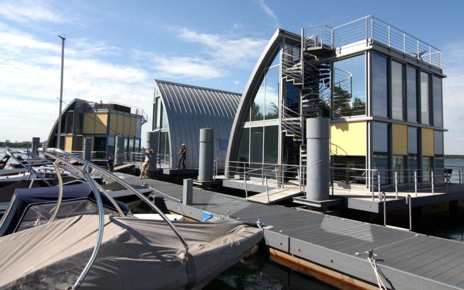 Ferienhaus Geierswalde: See 11 - schwimmendes Ferienhaus